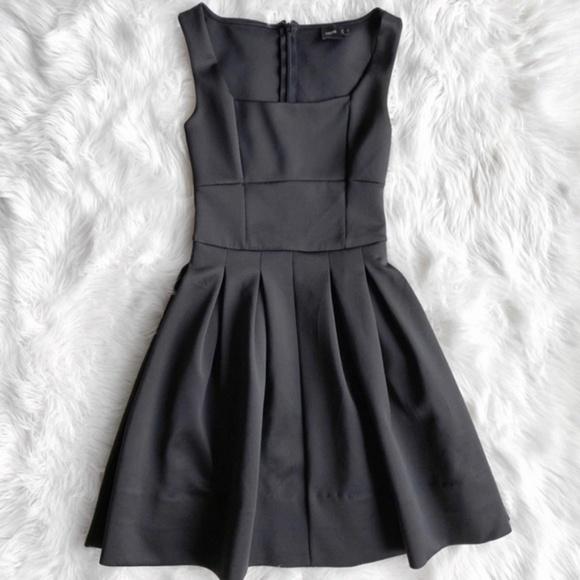 0a4f78a294 ASOS Dresses   Skirts - Asos Black Scuba Fit   Flare Dress O0770